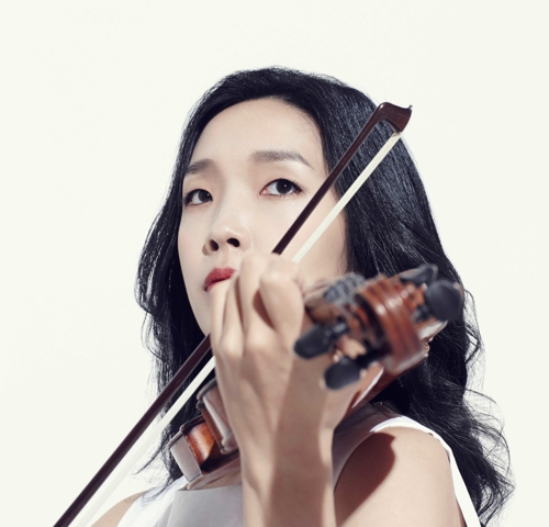 This image of South Korean violinist Park Ji-yoon, who was named a lifetime concertmaster of Orchestre Philharmonique de Radio France, was provided by her management agency, Moc Production. (Yonhap)