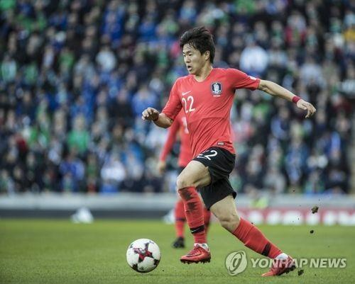 This file photo, taken March 24, 2018, shows South Korean midfielder Kwon Chang-hoon during a friendly football match against Northern Ireland in Belfast. (Yonhap)