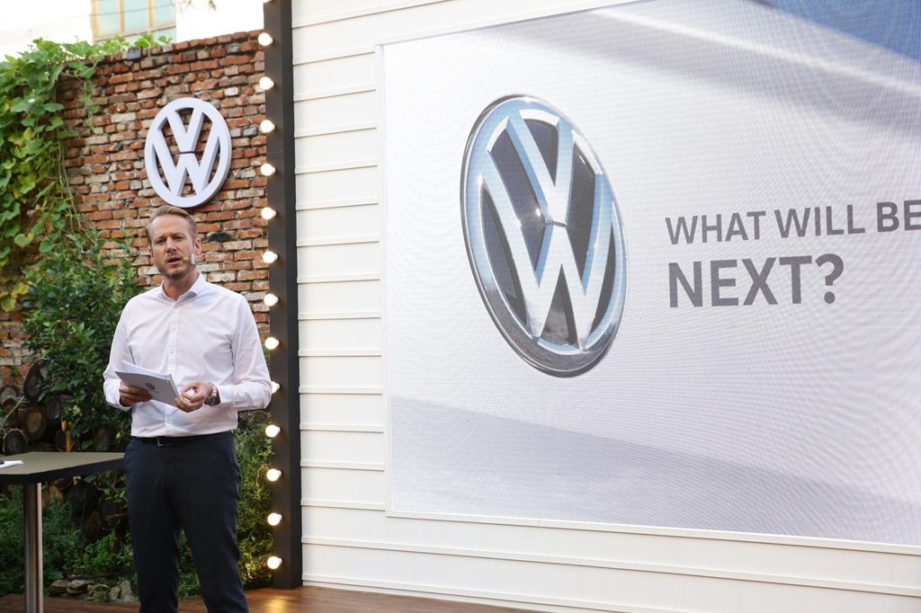 In this photo provided by Volkswagen Korea, the carmaker's Executive Director Stefan Krapp delivers a briefing on its plan to launch five SUV models in Korea in the coming years during a media event held in Seongsu, western Seoul, on Aug. 29, 2019. (PHOTO NOT FOR SALE) (Yonhap)