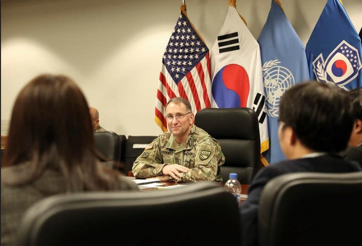 U.S. Forces Korea Commander Gen. Robert Abrams meets with media on Nov. 12, 2019, at Camp Humphreys in Pyeongtaek, south of Seoul, in this photo provided by his office. (PHOTO NOT FOR SALE) (Yonhap)
