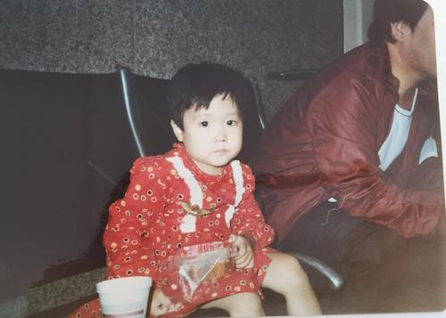 The photo provided by Kara Bos, or Kang Mee-sook in Korean, shows Kang as a young child. (PHOTO NOT FOR SALE) (Yonhap)
