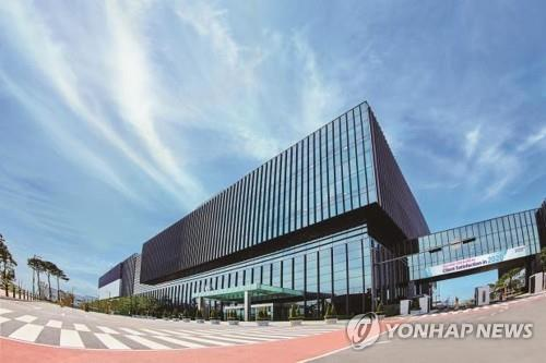 (LEAD) Samsung BioLogics 2020 net profit up 18.8 pct on increased sales