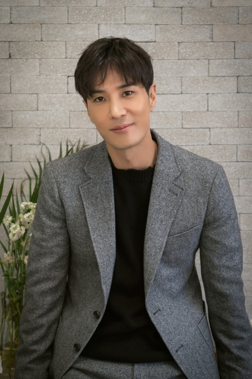 배우 김지석