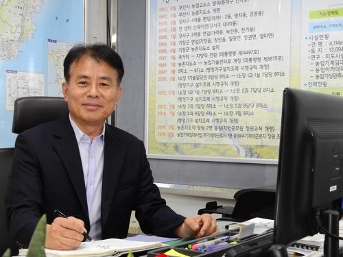 엄영달 부산시 농업기술센터소장