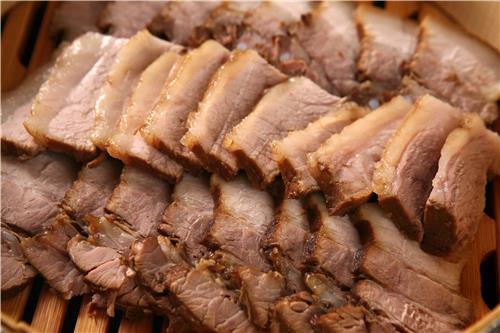 돼지고기 삼겹살 수육