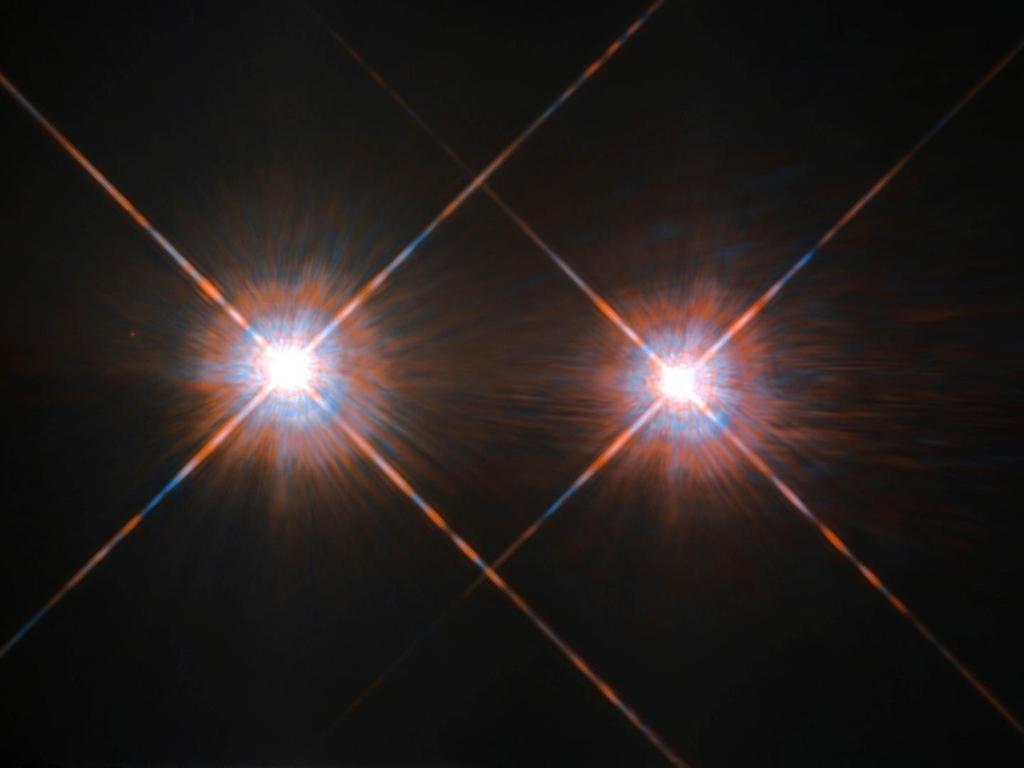 지구에서 가장 가까운 별계에서 외계 행성 '후보'를 직접 관찰하여 알아 내기