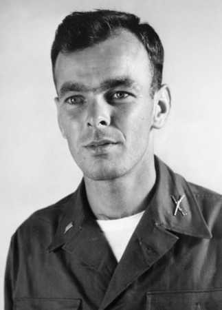 한국전쟁 포로에서 석방된 당시 윌리엄 H. 펀체스 중위 [국방부 블로그 캡처.재판매 및 DB 금지]