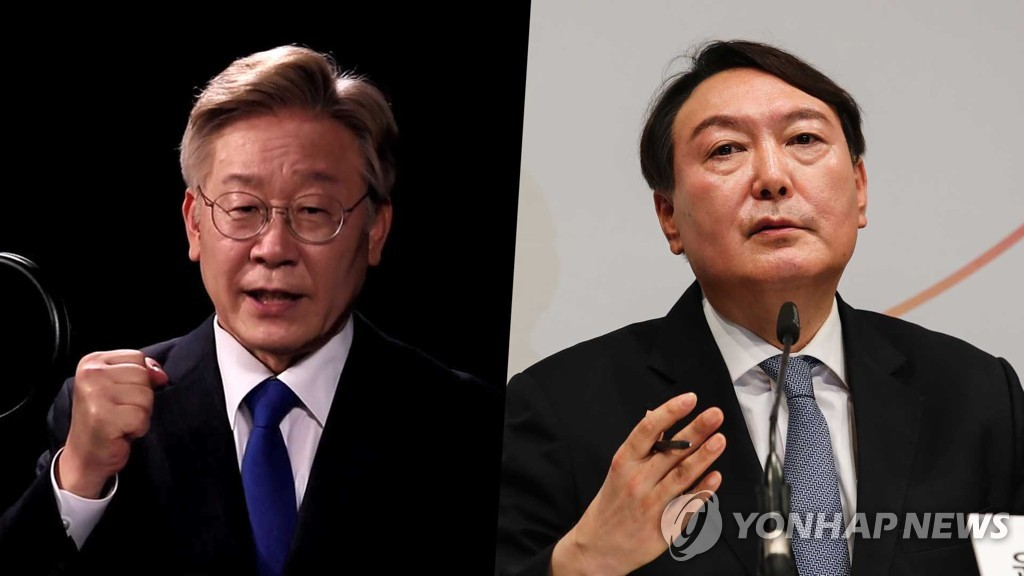 This combination of photos provided by Yonhap News TV shows Gyeonggi Province Gov. Lee Jae-myung (L) and former Prosecutor General Yoon Seok-youl. (PHOTO NOT FOR SALE) (Yonhap)