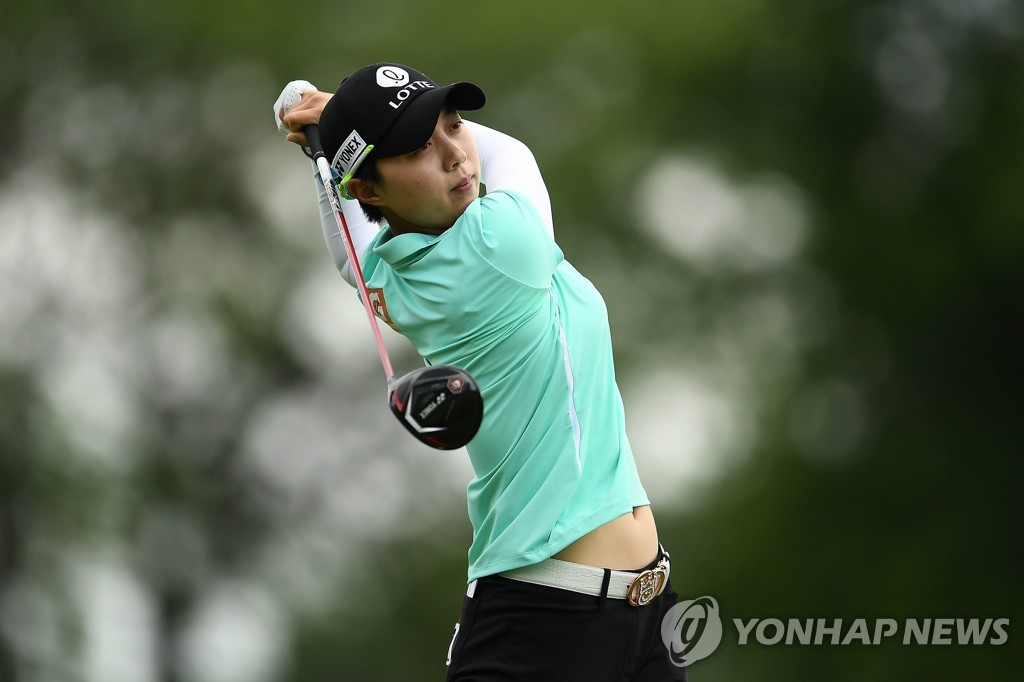 In this Getty Images photo, Kim Hyo-joo of South Korea tees off at the third hole during the first round of the KPMG Women's PGA Championship at Hazeltine National Golf Club in Chaska, Minnesota, on June 20, 2019. (Yonhap)