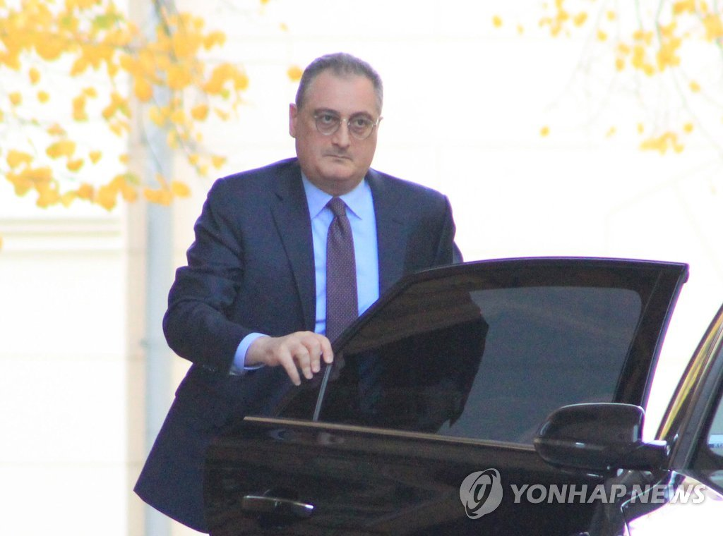 Russian Vice Foreign Minister Igor Morgulov arrives at a government guesthouse in Moscow to meet U.S. nuke envoy Stephen Biegun on Oct. 16, 2018. (Yonhap)