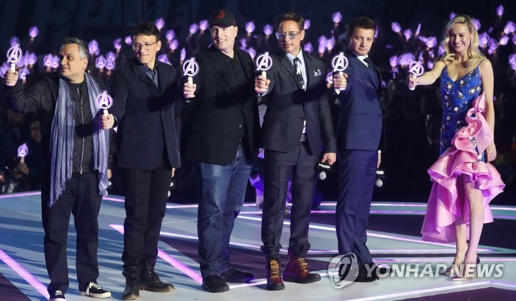 한국 팬들 만난 어벤져스