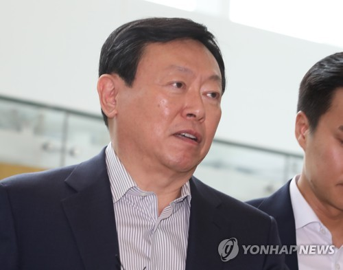 Lotte Group chief to visit Israel to seek cooperation in AI, startups
