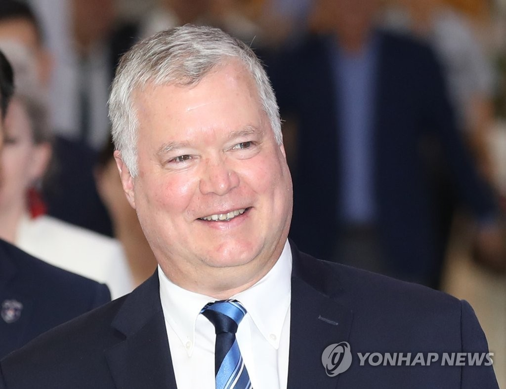 This photo, taken Aug. 20, 2019, shows U.S. Special Representative for North Korea Stephen Biegun arriving at Gimpo International Airport in western Seoul. (Yonhap)