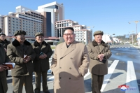 (3rd LD) N. Korean leader rides horse to Mount Paekdu, slams U.S. sanctions