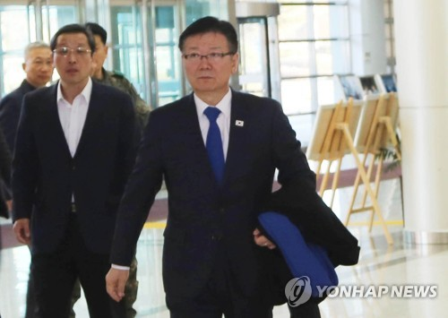 Vice minister visits inter-Korean liaison office in Kaesong