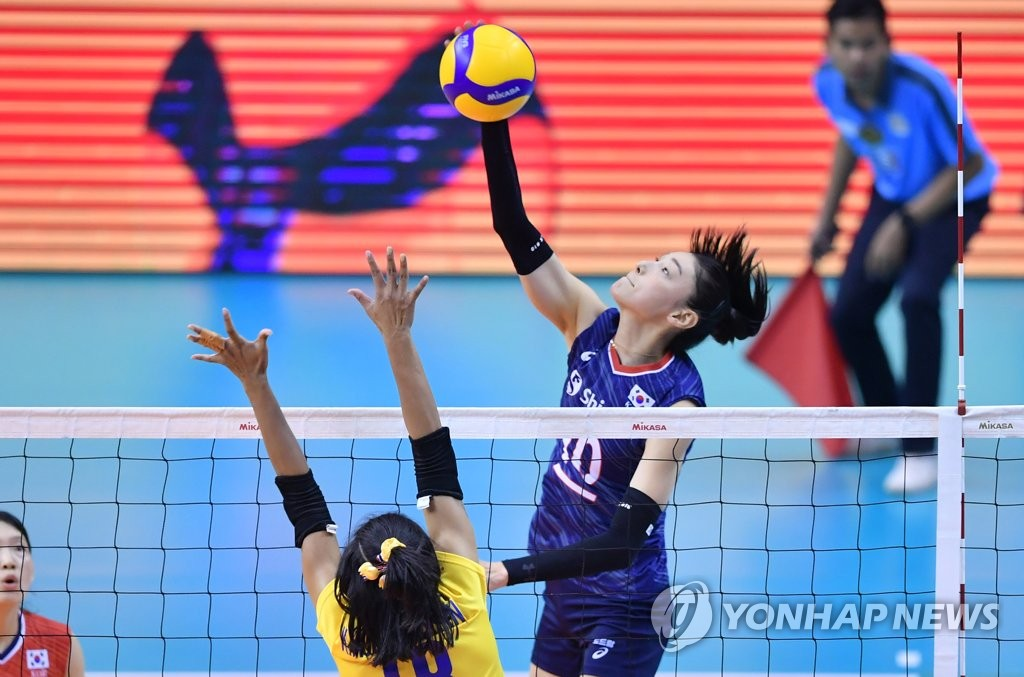 In this photo provided by FIVB on Jan. 12, 2020, Kim Yeon-koung of South Korea hits a spike against Thailand in the final of the Asian Olympic women''s volleyball qualification tournament at Korat Chatchai Hall in Nakhon Ratchasima, Thailand. (PHOTO NOT FOR SALE) (Yonhap)