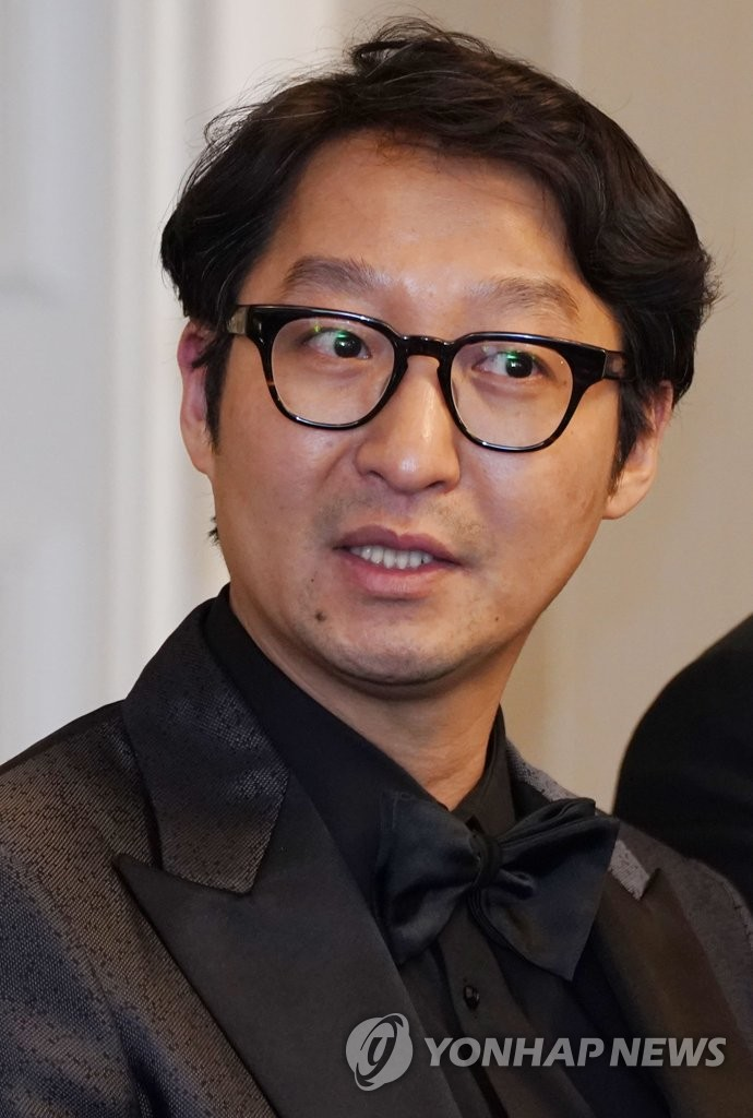 """Parasite"" editor Yang Jin-mo at a press conference in Los Angeles on Feb. 10, 2020 (Yonhap)"