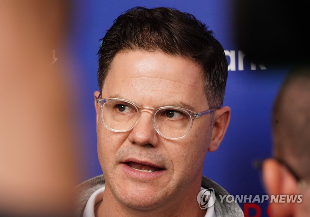 The Toronto Blue Jays' general manager, Ross Atkins, speaks to reporters outside the clubhouse at TD Ballpark in Dunedin, Florida, on Feb. 14, 2020. (Yonhap)