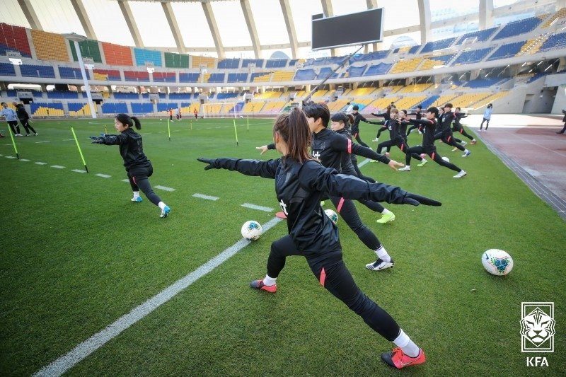In this Nov. 24, 2020, file photo provided by the Korea Football Association, members of the South Korean women's national football team train at Busan Asiad Main Stadium in Busan, 450 kilometers southeast of Seoul. (PHOTO NOT FOR SALE) (Yonhap)