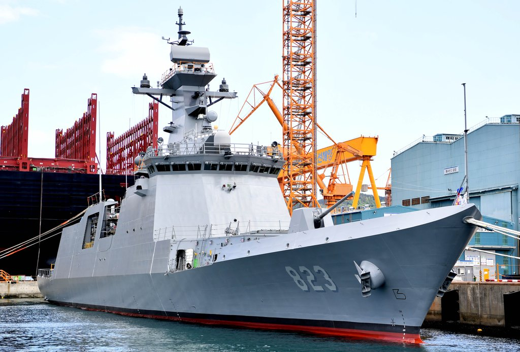This undated photo, provided by the Navy, shows its new 2,800-ton frigate, named the Daejeon. (PHOTO NOT FOR SALE) (Yonhap)